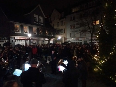 Flashmob aus Tradition in Langerfeld